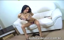 Monica Mattos striptease show